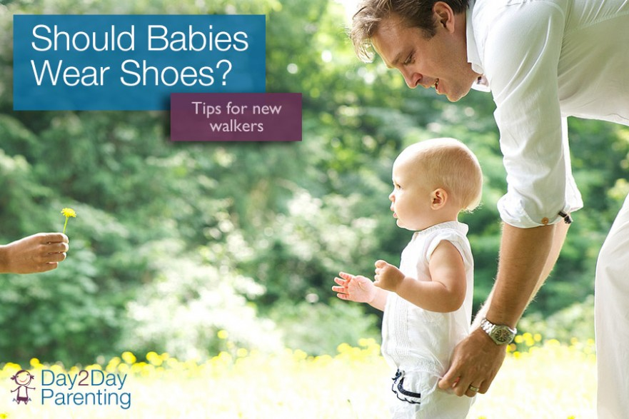 learning to walk should babies wear shoes
